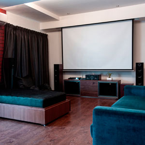 Robin Uttappa Living Room With Home Theater